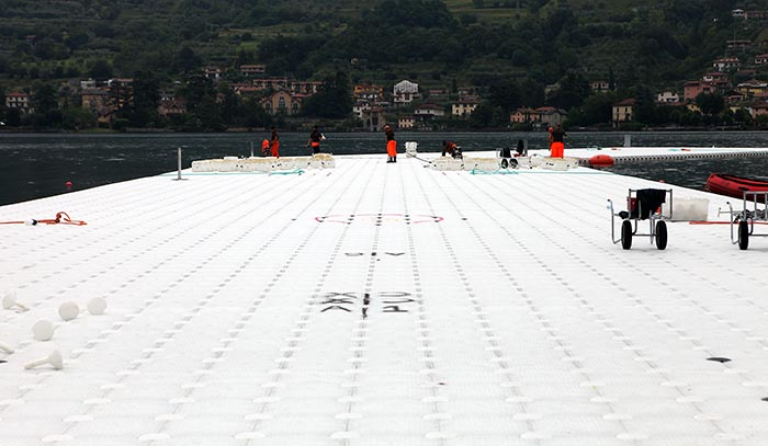 The Floating Piers,